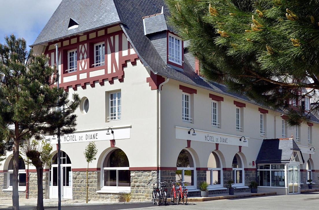 Hotel-de-Diane---Frehel--facade-1925-jour-5-angle--2018
