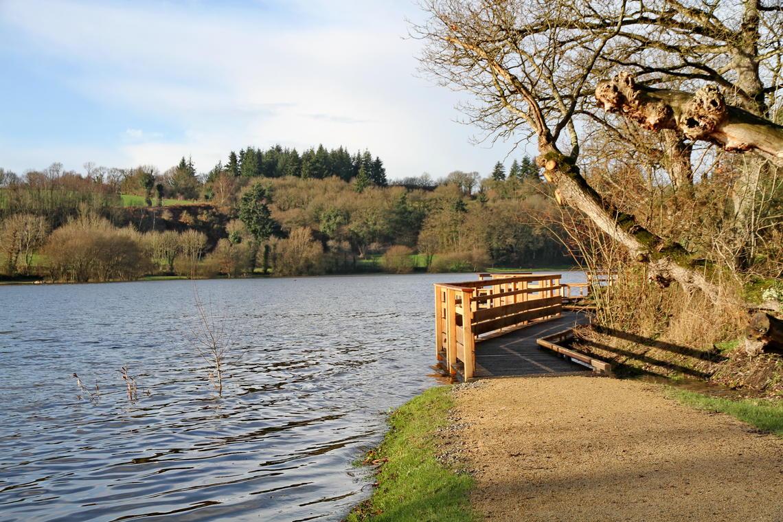 Promenade-autour-du-lac-23-d0187bbb08594d1386ecca3469889c50
