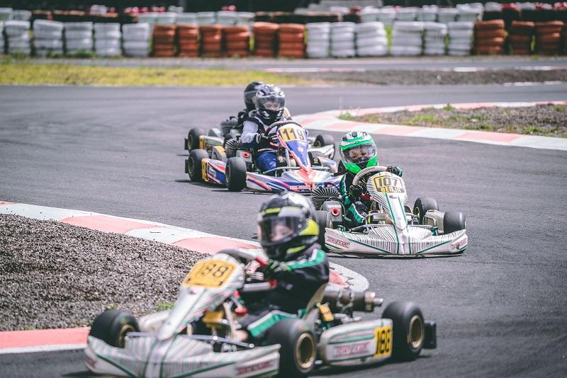 Karting © Diego Gavilanez - Unsplash