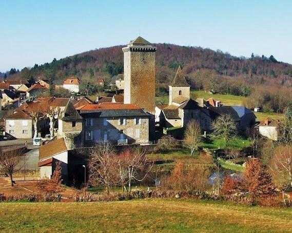 Visite de la tour classée MH du XIII° et du musée de la préhistoire du Ségala Quercynois