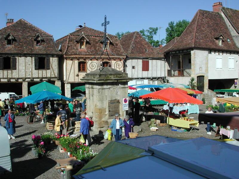 Marché à Bretenoux