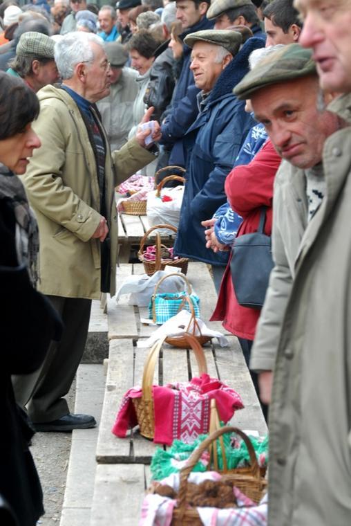 Marché Truffes Lalbenque