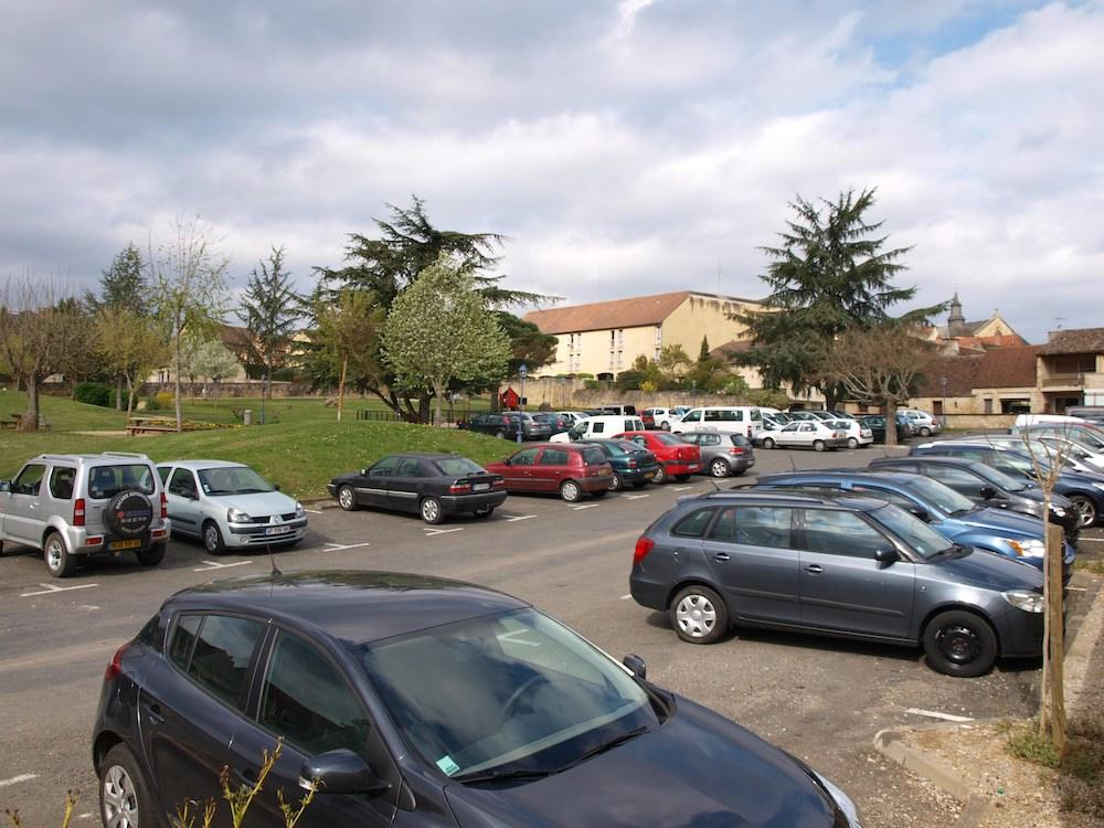 Parking de l'enclos Gourdon