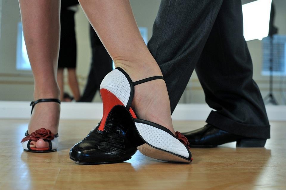 argentine-tango-2079964_1280©pixabay