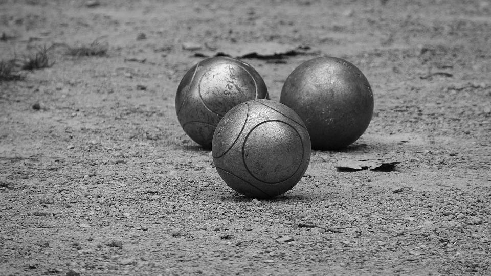 petanque-1888900_1280©pixabay