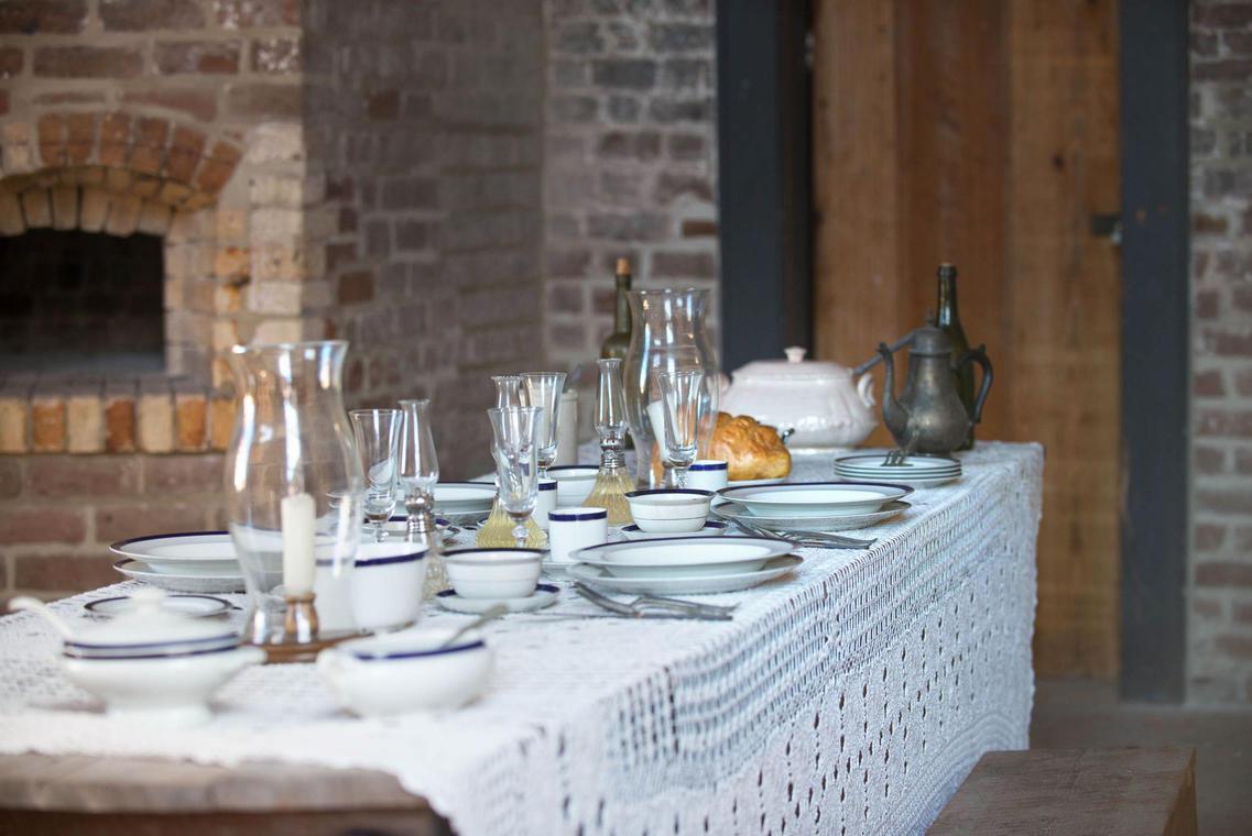 Repas_Table_dressée