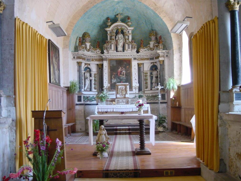 Eglise Villaines s Malicorne-août03