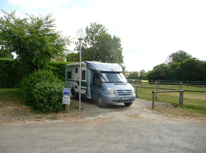 aire-camping-cars-foussais-payré-85240-1