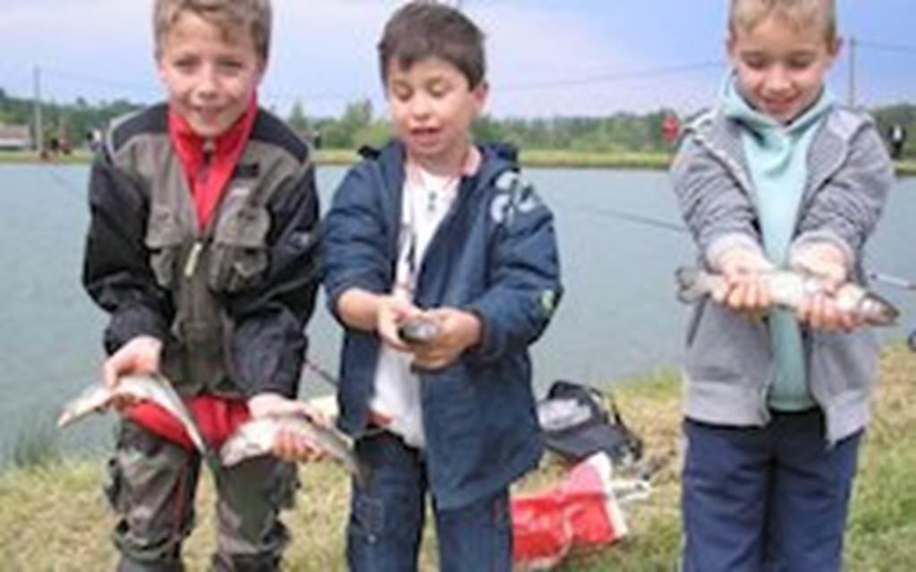"""concours de pêche """"spécial enfants"""""""