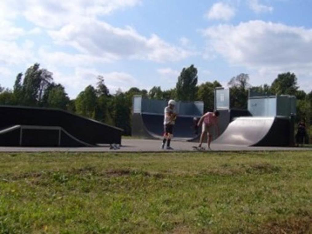 skatepark de bressols activite sportives montauban skate park