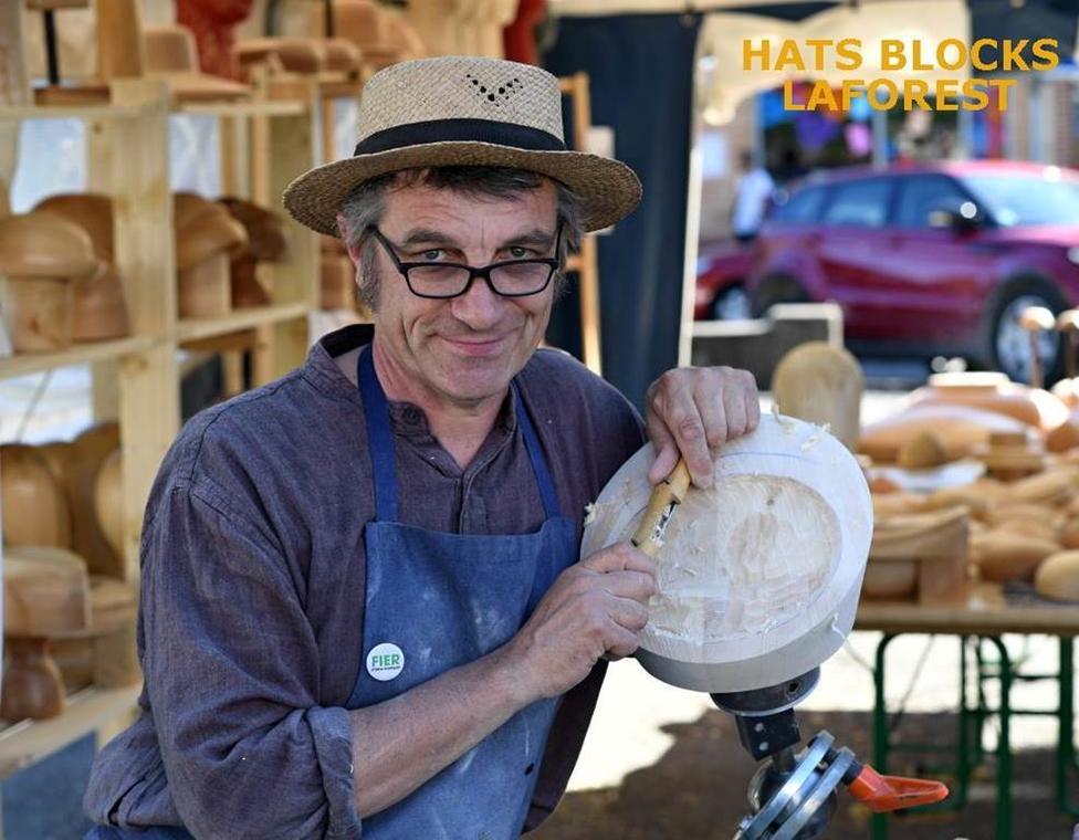 Atelier de formier Hats Blocks Laforest