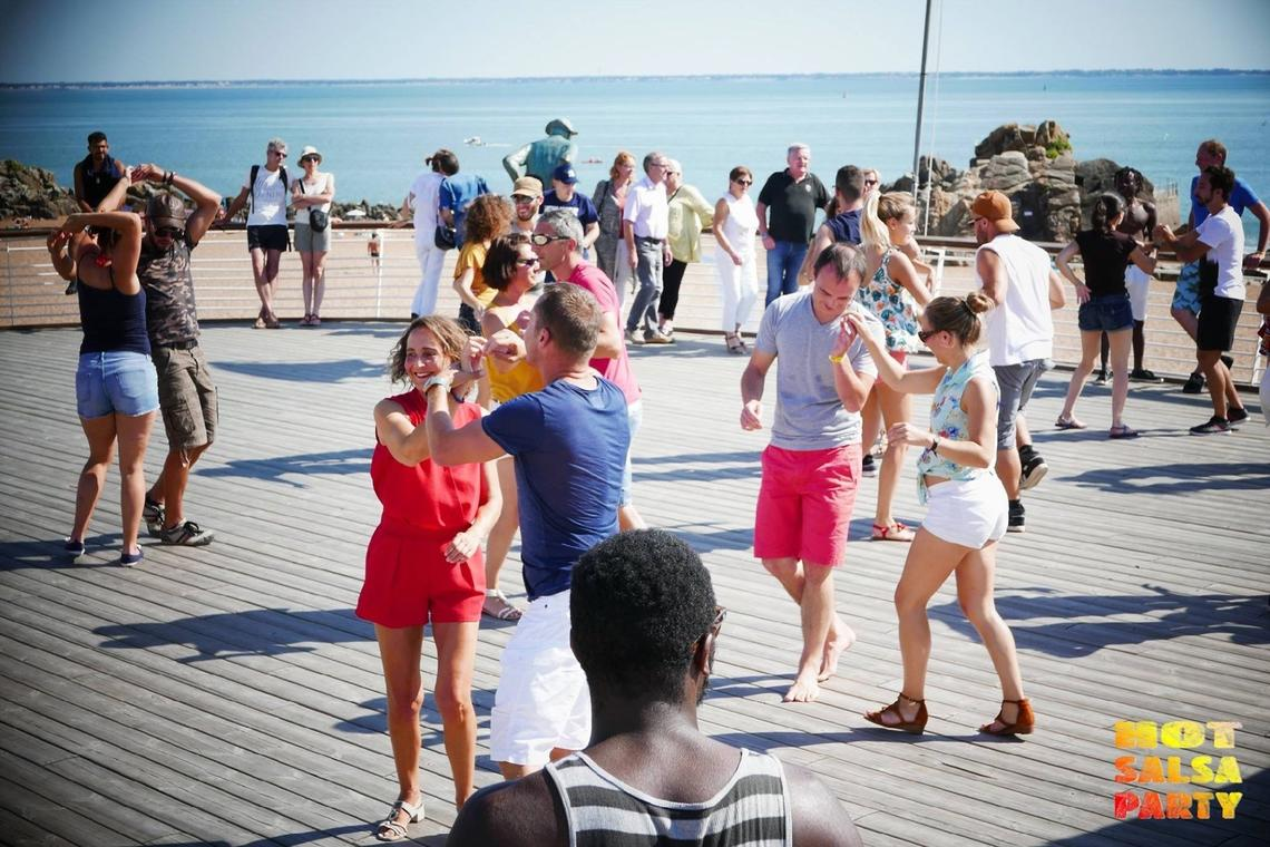 Latina Beach Party