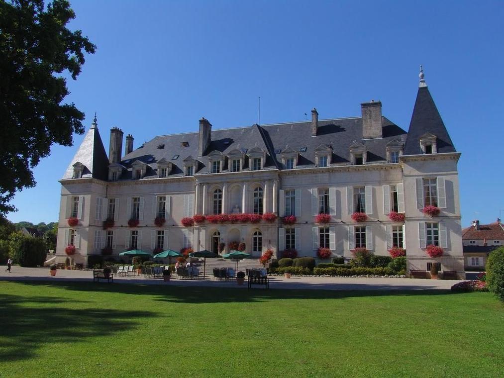 champagne 52 patrimoine arc en barrois chateau.