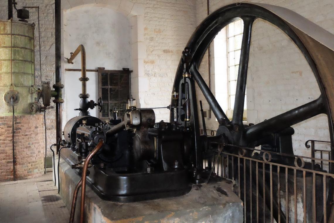 champagne 52 arc en barrois machine a vapeur.
