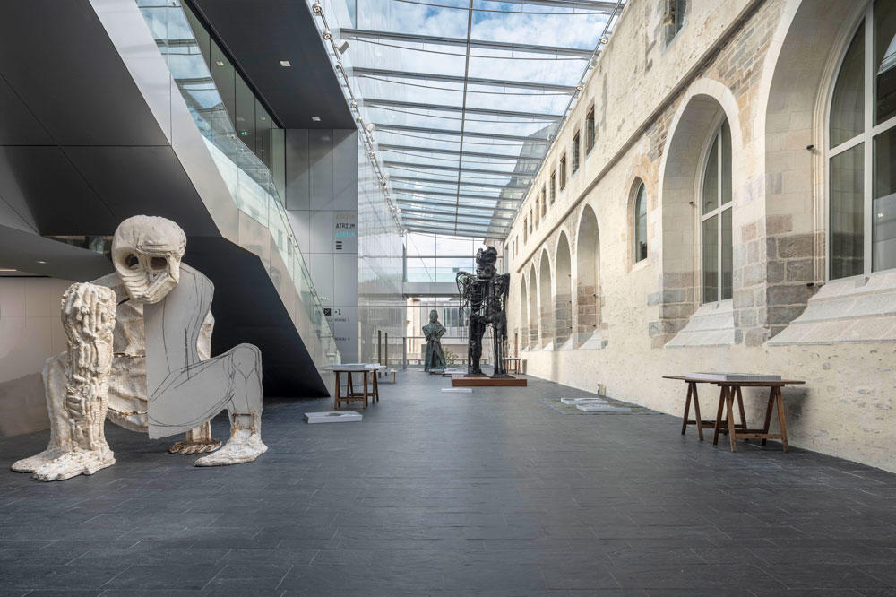 La collection Pinault s'expose en noir et blanc