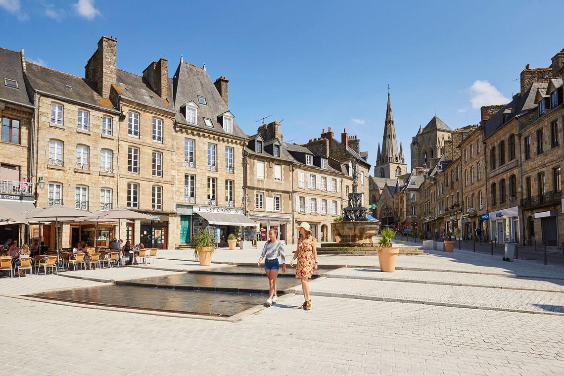 place-du-centre-2--Alexandre-Lamoureux-5