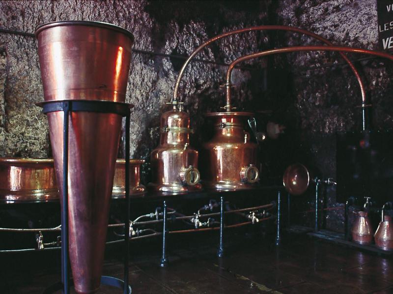 (35)distillerie-fraise-or-chissay-en-touraine