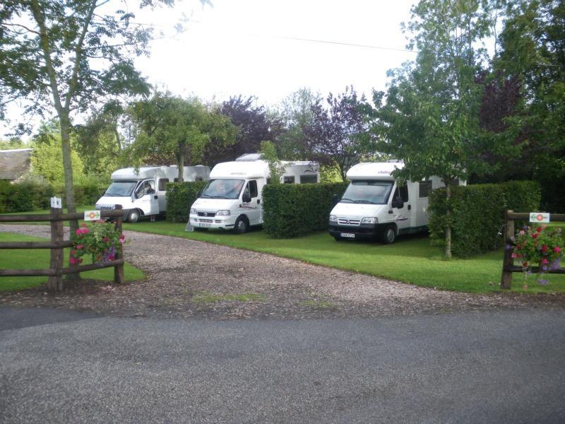 Aire de camping car Privée à SAINT-GERMAIN-DE-MONTGOMMERY