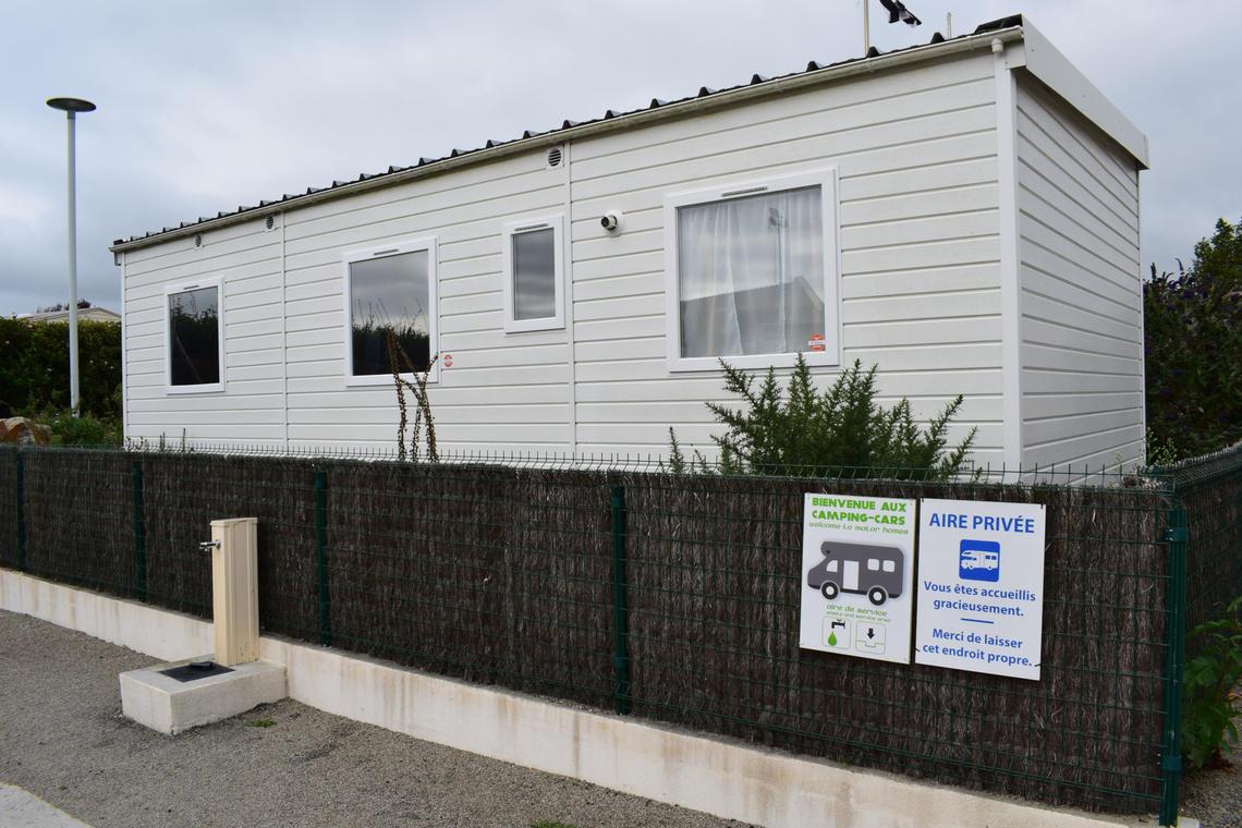 Camping-Entre-Pierres-et-Mer-Pont-Croix---OT-Cap-Sizun-Pointe-du-Raz-2bd