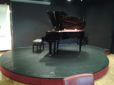 L'Avant-Scène - Valenciennes -  Restaurant - Décor Piano (2) - 2018.jpg