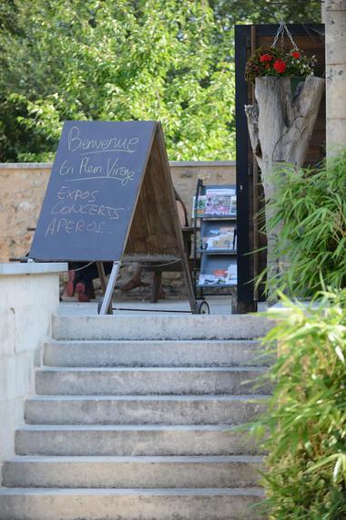 Maison d'art et du  terroir - Queaux ©Momentum Productions Mickaël Planes (3).jpg