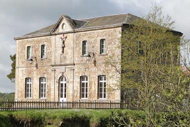 Le Palais - Château de Mauléon.jpg