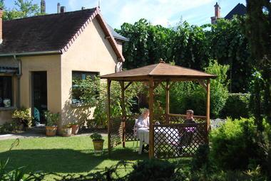 Jardin + tonnelle.JPG