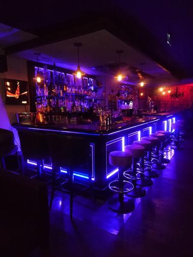 Bar_lab.jpg