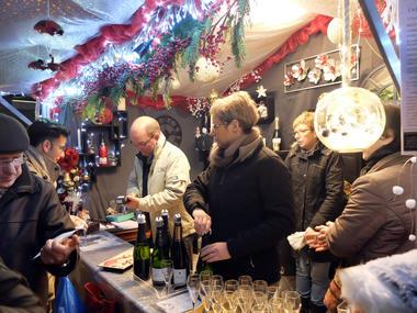 Marché de Noel 2- ©Philippe Meignan-Laval Tourisme.JPG