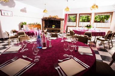 Les Vignes Blanches Restaurant.jpg