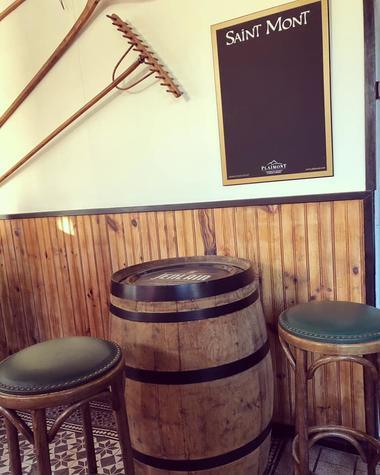 chez-laurine-curgies-restaurant-décoration-intérieure.jpg
