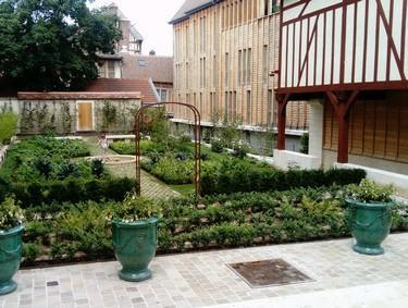 Jardin Juvenal des Ursins (c) Troyes Champagne Tourisme