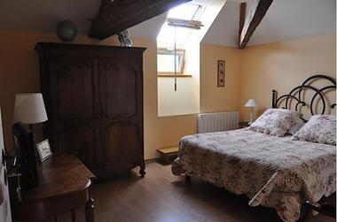 St Amand sur Sèvre-le petit Puy Loup-ch aubepine.jpg