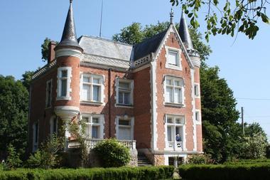 web 9 Chateau de Bonneau.jpg