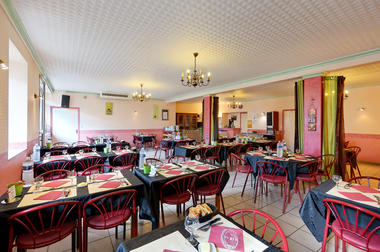 Bar_Restaurant_Chez_Marie_The_Ploerdut®Kardous (2).jpg