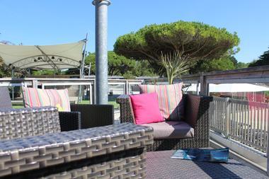 terrasse lounge.JPG