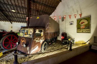 Camion Electrique Sovel - Entreprise Poulain - Musée Maurice Dufresne.jpg