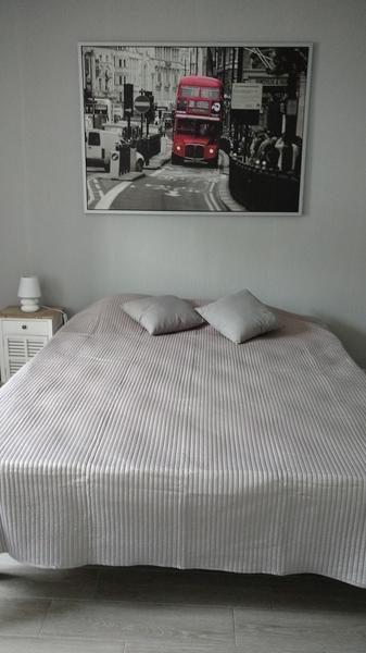 Combrand-gite-chez-papy-chambre4-sit.jpg