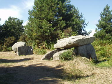 dolmen 2.JPG