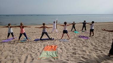 yoga plage de la redoute 1.jpg