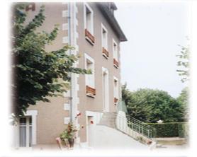 location_la_roche_posay_Segur.jpg