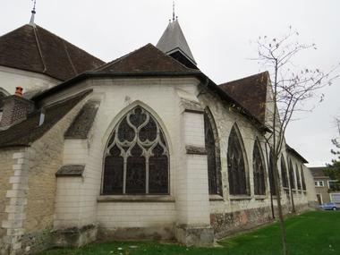 Eglise Ste Savine.JPG