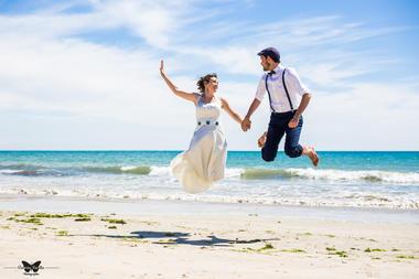 victoria-facella-photographie-photos-mariage-epoux-caroline-vincent-iledere-ile-de-ré-137.jpg