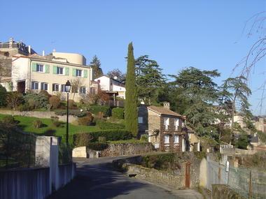 La rue des Tanneries, jardins et terrasses.JPG