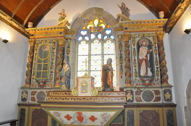 VG sablières sculptées - Kerlenat et église - Locmalo ©OTPRM (19).JPG