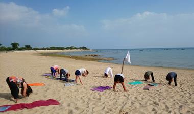 yoga plage de la redoute 2.jpg