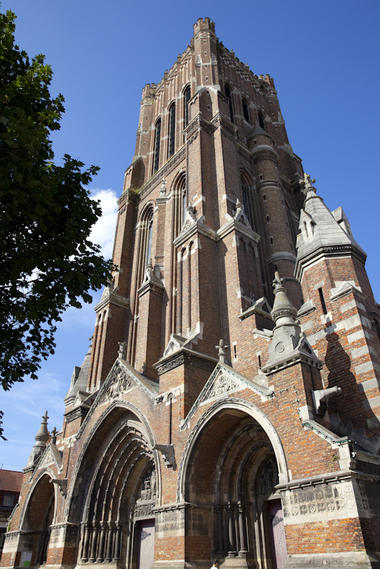 Façade de l'Église Saint-Vaast de Béthune © Brigitte Baudesson