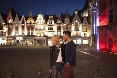 La Grand'Place de Béthune, de nuit © Brigitte Baudesson