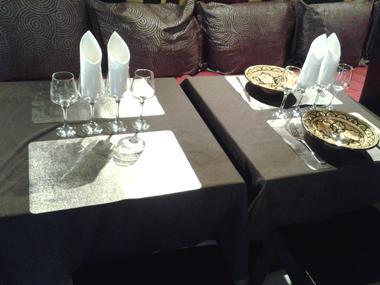 Les Folies Berbères - Marly -  Restaurant - Présentation Table (2) - 2018.jpg