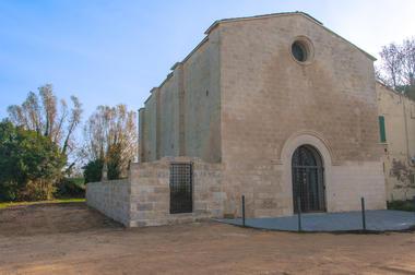 Chapelle Saujan Beaucaire1.jpg